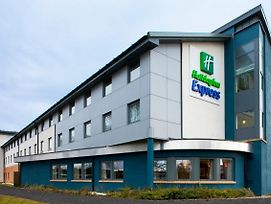 Holiday Inn Express Dunfermline photos Exterior