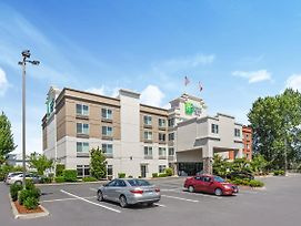 Holiday Inn Express Hotel & Suites Tacoma photos Exterior