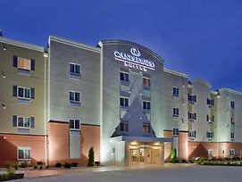 Candlewood Suites Kansas City Northeast photos Exterior
