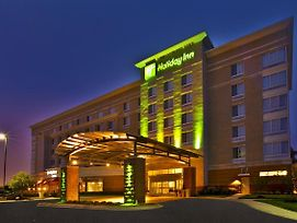 Holiday Inn Detroit Metro Airport photos Exterior