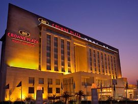 Crowne Plaza New Delhi Okhla photos Exterior