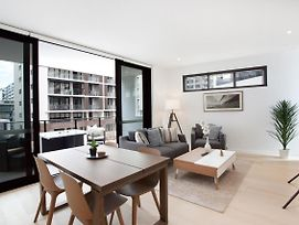 Luxury New Apartment Close To Sydney Airport And Cbd photos Exterior