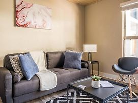 Contemporary 1Br Apt In The Historic District photos Exterior