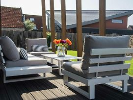 Hip, Fully Furnished Lodge Within Walking Distance Of The Beach Of Callantsoog photos Exterior