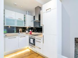 Modern 2Br Home In Dalston W Balcony, Fits 4 By Guestready photos Exterior