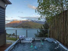 Stunning Views On Lake Wakatipu photos Exterior