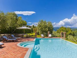 Grotta Giusti Villa Sleeps 15 With Pool Air Con And Wifi photos Exterior