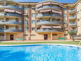 Lloret De Mar Apartment Sleeps 6 With Pool And Wifi photos Exterior