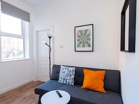 Lovely 1Br Flat In West Didsbury By Guestready photos Exterior