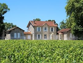 Pauillac Chateau Sleeps 10 With Pool And Wifi photos Exterior