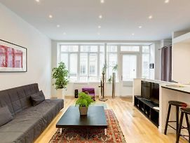 Beautiful Loft For 2 In La Goutte D'Or By Guestready photos Exterior
