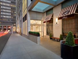 Doubletree By Hilton New York Downtown photos Exterior