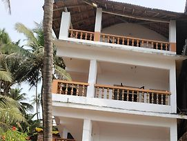Ludu See View Guest House photos Exterior