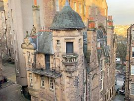Authentic Homely 1 Bedroom Apartment On The Royal Mile photos Exterior