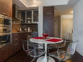 Toronto Bremner 1Br Apartment photos Exterior