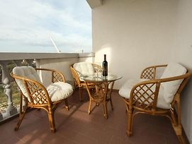 Apartment In Pakostane With Balcony, Air Conditioning, Wifi, Washing Machine photos Exterior