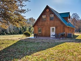 New! Luxury Cabin W/Pond On Working Ranch! photos Exterior