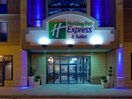Holiday Inn Express & Suites Deadwood-Gold Dust Casino photos Exterior