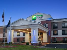 Holiday Inn Express & Suites Ashland photos Exterior