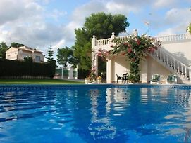Stunning Villa With Private Pool And Wifi photos Exterior