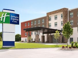 Holiday Inn Express & Suites Brighton photos Exterior
