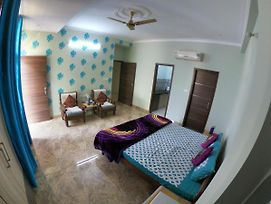 Asha Villas Premium Homestay - Big Studio Apartments photos Exterior