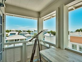 Our Happy Place - 50 Venice Circle By Dune Vacation Rentals photos Exterior