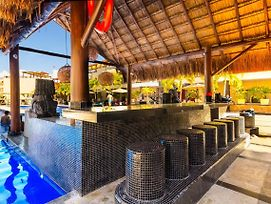 Beachfront! Luxury! 2 Bedroom W/ Plunge Pool. Paradise photos Exterior