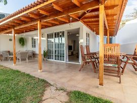 Flatguest Orinoco + Pool + Terrace + Garden photos Exterior