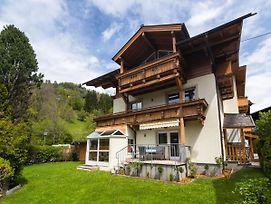 Splendid Apartment In Zell Am See With Garden photos Exterior