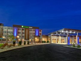 Holiday Inn Express Louisville Airport Expo Center photos Exterior