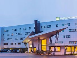 Holiday Inn Express Milan-Malpensa Airport photos Exterior