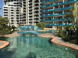 Apartment In Ocean Village - Rock View And Pools photos Exterior