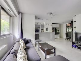 Modern 1Bedroom Flat With Terrace In A Trendy Area By Guestready photos Exterior