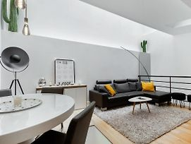 Wonderful Design Duplex In The Heart Of Paris -16Th By Guestready photos Exterior
