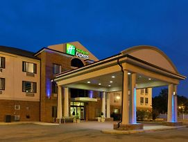 Holiday Inn Express Hotel & Suites Sylacauga photos Exterior