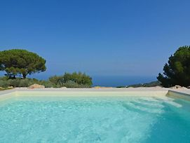 Sant'Ambrogio Villa Sleeps 8 Pool photos Exterior