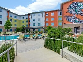 Homewood Suites By Hilton Techridge Parmer @ I-35 photos Exterior