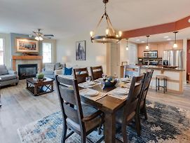 Base Village Ski In-Out Luxury Condo #4575 - Free Activities Daily & Wifi, Pool Sized Hot Tub photos Exterior