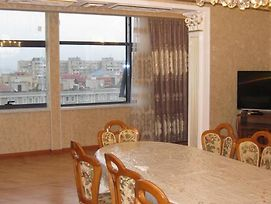 Comfortable Apartment In Front Of The Ataturk Park photos Exterior