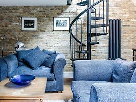 Fulham Loft With Garden By Guestready photos Exterior