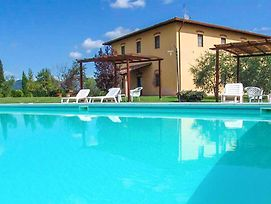 Beautiful Apartment In Vinci W/ Outdoor Swimming Pool And 2 Bedrooms photos Exterior