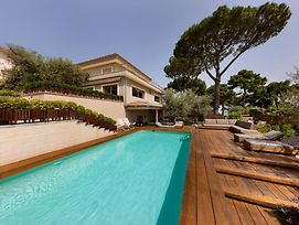 Sorrento Villa Sleeps 16 With Pool Air Con And Wifi photos Exterior