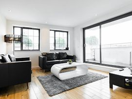 Contemporary Spitalfields Apartment Close To Tube photos Exterior