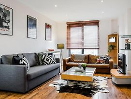 Stylish 1 Bed Near High Street Kensington Chelsea photos Exterior