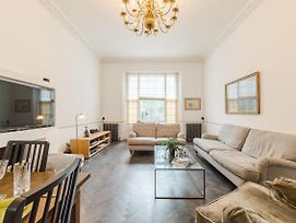 Amazing 3 Bed 3.5 Bath Apt In South Kensington photos Exterior