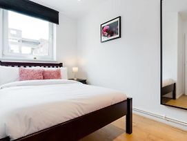 Cosy 4 Bed Apt In Central London Sleeps 8 photos Exterior