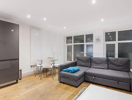 Chic Apartments On Old Street 10 Mins To Tube photos Exterior
