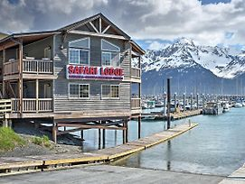 'Crow'S Nest' Waterfront Seward Apt. W/Bay Views! photos Exterior