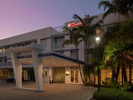 Hilton Garden Inn Miami Brickell South photos Exterior